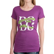 DC Shoes Cotton Graphic T-Shirt - Short Sleeve (For Women) in Pariah Sparkling Grape - Closeouts