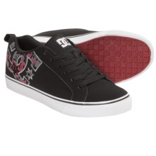 DC Shoes Court Vulc SE Skate Shoes (For Men) in Black Graphic - Closeouts