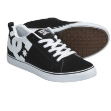 DC Shoes Court Vulc Skate Shoes (For Men) in Black/White - Closeouts