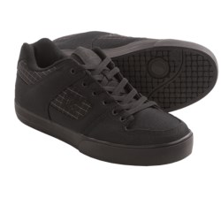 DC Shoes Pure TX SE Skate Shoes (For Men) in Black 3