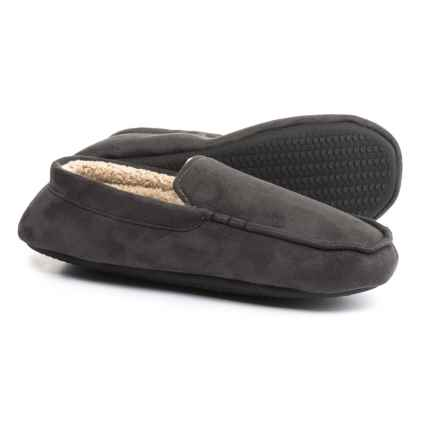 Dearfoams Microfiber Moccasin Slippers (For Men) in Pavement - Closeouts