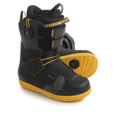 Deeluxe The Brisse 5 PF Snowboard Boots (For Men) in Black - Closeouts