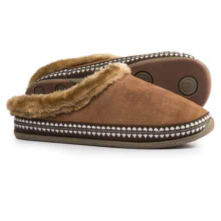 Deer Stags Anytime Slippers (For Women) in Chestnut - Closeouts