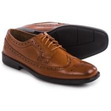 Deer Stags Cade Oxford Shoes - Wingtip (For Men) in Luggage - Closeouts