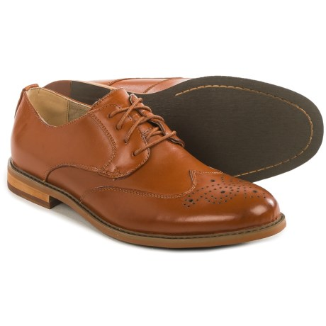 Deer Stags Hampden Wingtip Oxford Shoes - Leather, Memory Foam (For Men) in Brown