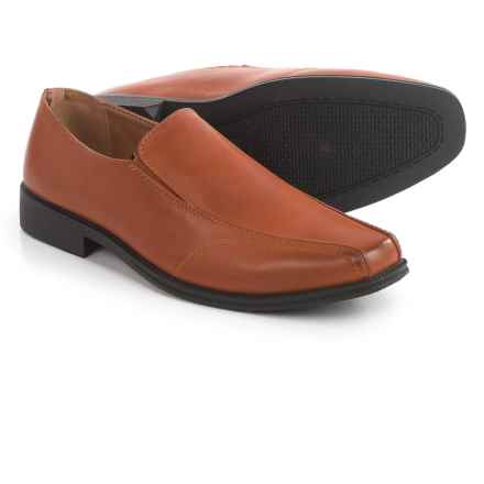 Deer Stags Lansing Shoes - Slip-Ons (For Men) in Luggage - Closeouts