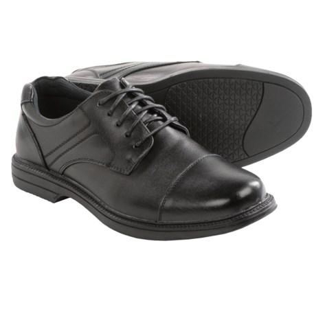 Deer Stags Nu Yorker Men S Waterproof Oxford Shoes