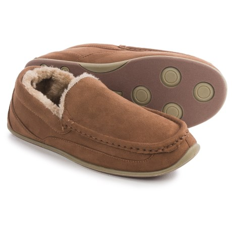 Deer Stags Vail Moccasin Slippers (For Men) in Chestnut