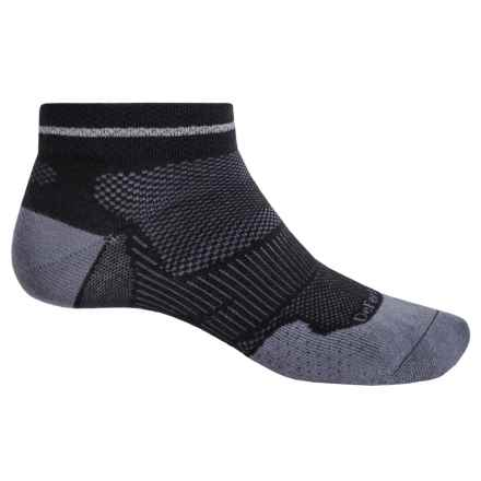 DeFeet Meta Reflector Running Socks - Below the Ankle (For Men and Women) in Black/Graphite - Closeouts