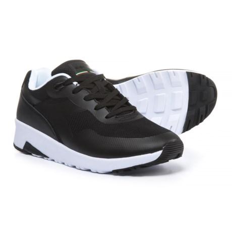 Diadora Evo Run Sneakers (For Men) in Black