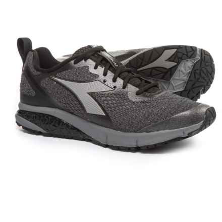 Diadora Kuruka 2 Running Shoes (For Men) in Black/Silver - Closeouts