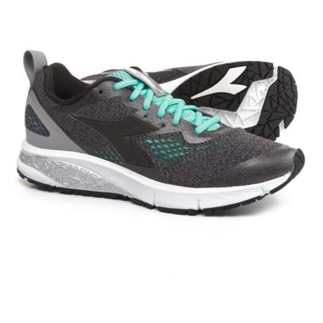Diadora Kuruka 2 Running Shoes (For Women) in Gray/Black