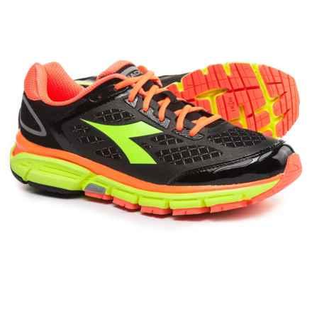 Diadora M.Shindano 5 Running Shoes (For Men) in Black/Fluo Yellow Diadora - Closeouts