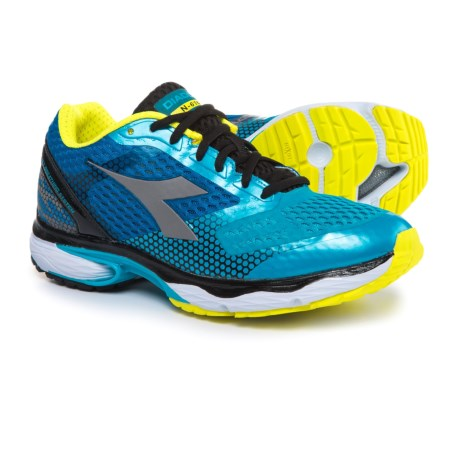 Diadora N-6100-4 Running Shoes (For Men) in Blue Fluo/