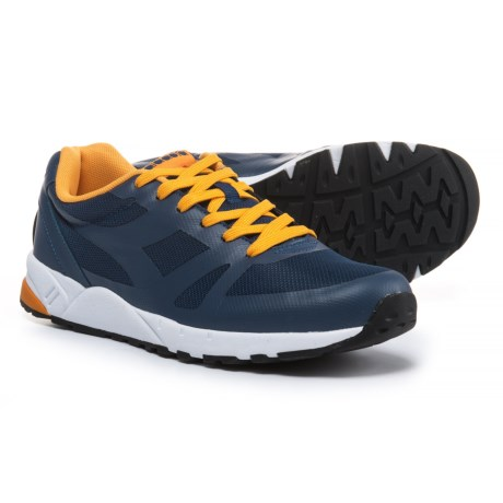 Diadora Run 90 FWD Sneakers (For Men and Women) in Saltire Navy