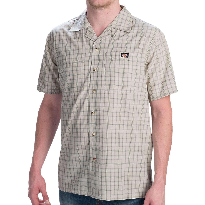 Dickies plaid camp shirt short sleeve for men in sand for Dickies short sleeve plaid shirt