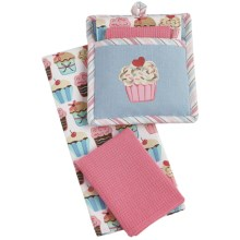 DII Cupcake Embroidery Kitchen Linen Set - 3-Piece in Cupcake - Closeouts