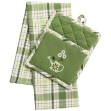 DII Pocket Pot Holder and Dish Towel Set in Green Garden - Closeouts