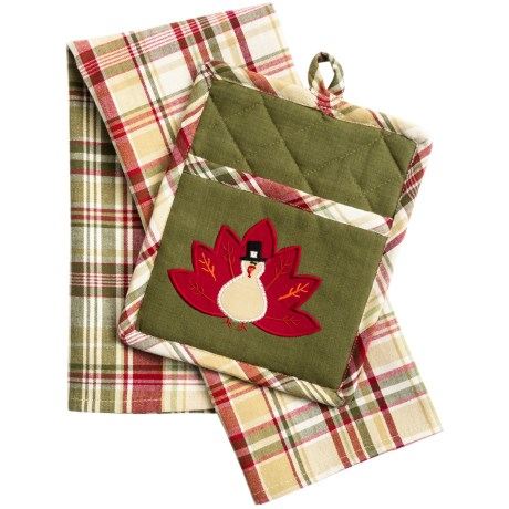 DII Pocket Pot Holder and Dish Towel Set in Plaid Turkey