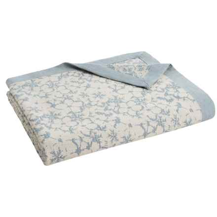 DownTown Kasey Floral Blanket - Twin in Ivory/Blue - Closeouts