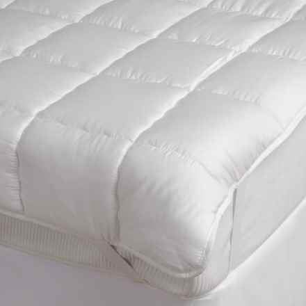 DownTown Silk Fiber Fill Luxury Mattress Pad - Queen in White - Overstock