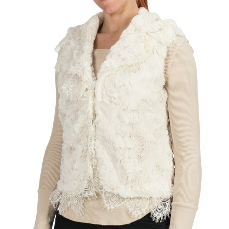 Dylan by True Grit Embossed Silky Vest (For Women) in Winter White