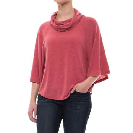 dylan Haven Fleece Floaty Shirt - Short Sleeve (For Women) in Vintage Red - Closeouts