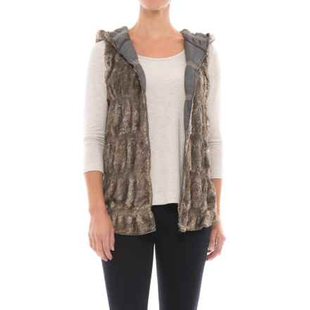 dylan Reversible Hooded Faux-Fur Vest (For Women) in Vintage Black - Closeouts