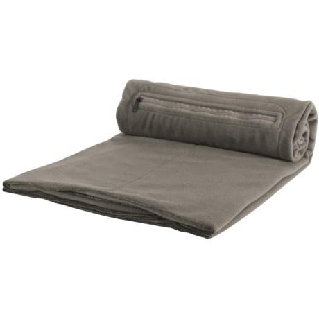 Eagle Creek Cat Nap Blanket - Fleece in Charcoal