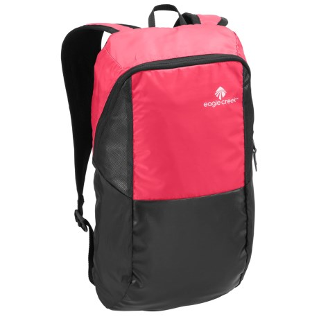 Eagle Creek Sport 15L Backpack in Fuchsia/Black