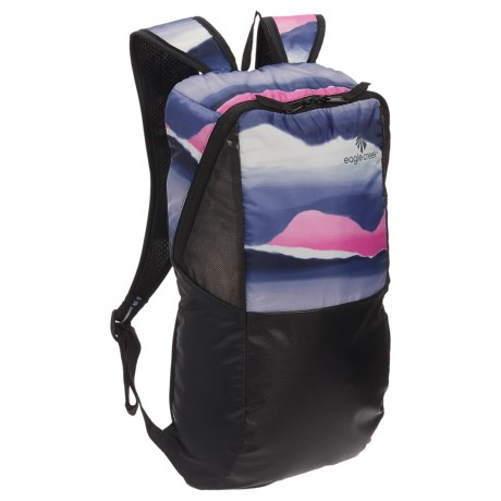 Eagle Creek Sport 15L Backpack in Horizon Pink