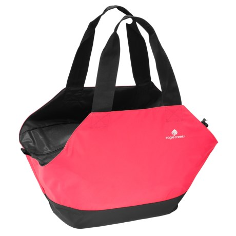 Eagle Creek Sport Tote Bag - 25L in Fuchsia/Black