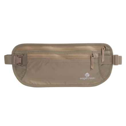 Eagle Creek Undercover DLX Money Belt in Khaki - Closeouts