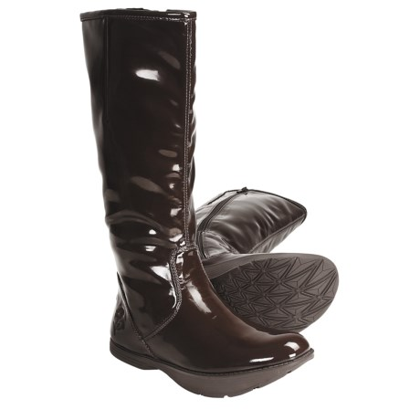 Earth Elite Boots (For Women) in Chocolate