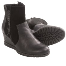 Earth Hilltopper Ankle Boots - Leather (For Women) in Black Leather - Closeouts