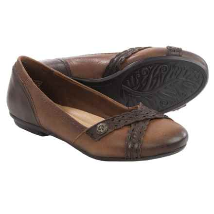 Earth Monarch Leather Flats (For Women) in Almond Leather - Closeouts