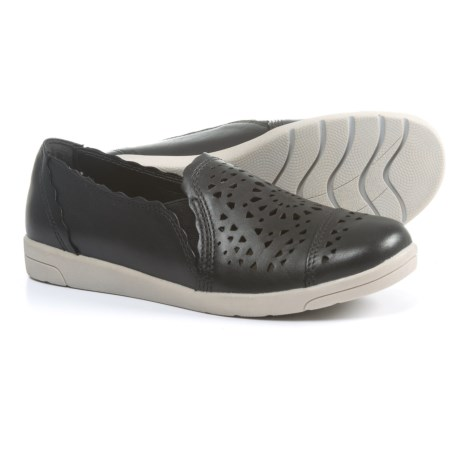 Earth Origins Celeste Double Gore Shoes - Leather, Slip-Ons (For Women) in Black