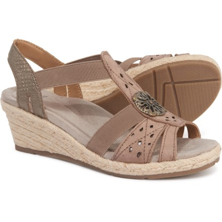 5c5e2c9d8a3 Women's Sandals: Average savings of 65% at Sierra