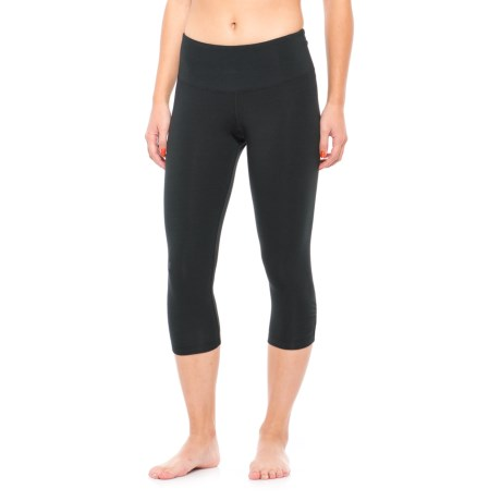 Earth Yoga Ruched-Back Capris - Organic Cotton (For Women) in Black