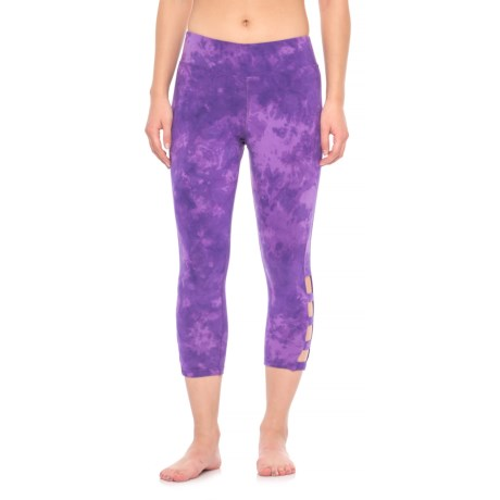 Earth Yoga Vented Capris - Organic Cotton (For Women) in Violet Tie Dye