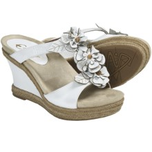 Earthies Bellini Sandals - Leather, Wedge (For Women) in White Leather - Closeouts