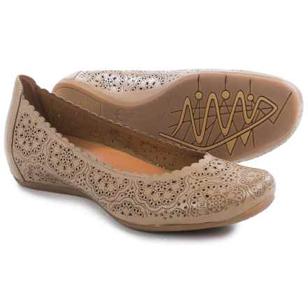 Earthies Bindi Leather Ballet Flats (For Women) in Biscuit Leather - Closeouts