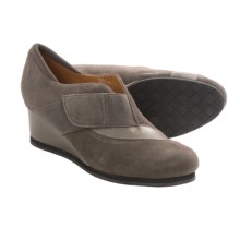 Earthies Bondy Slip-On Shoes - Suede (For Women) in Dusty Grey Suede - Closeouts