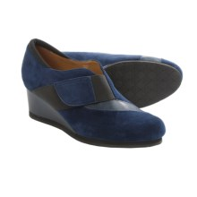 Earthies Bondy Slip-On Shoes - Suede (For Women) in Navy Suede - Closeouts