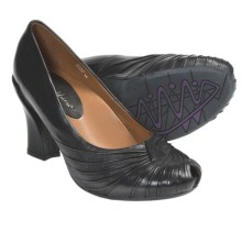 Earthies Raynia Pumps - Leather (For Women) in Black Leather - Closeouts