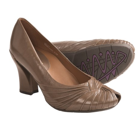Earthies Raynia Pumps - Leather (For Women) in Taupe Khaki Leather