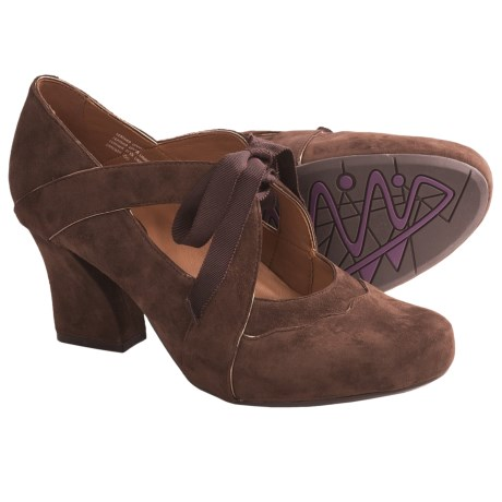 Earthies Sarenza Too Shoes - Suede, Mary Janes (For Women) in Maroon Suede