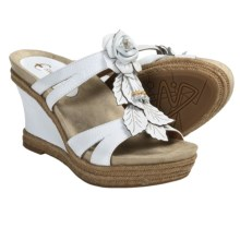 Earthies Semprini Wedge Sandals - Leather (For Women) in White Leather - Closeouts