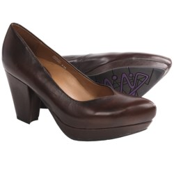 Earthies Tarnow Pumps (For Women) in Chestnut Leather