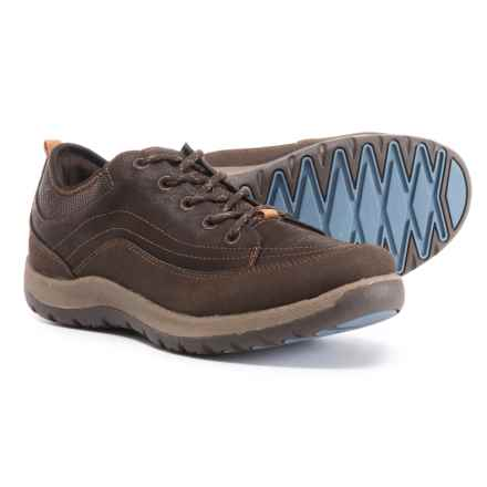 Eastland Erika Hiking Shoes (For Women) in Brown Tumbled Leather Finish - Closeouts